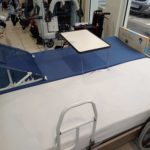 Rodin Médical, lit, matelas à air, matelas à mémoire de forme, oreiller, releveur, verticalisateur, tablette, table